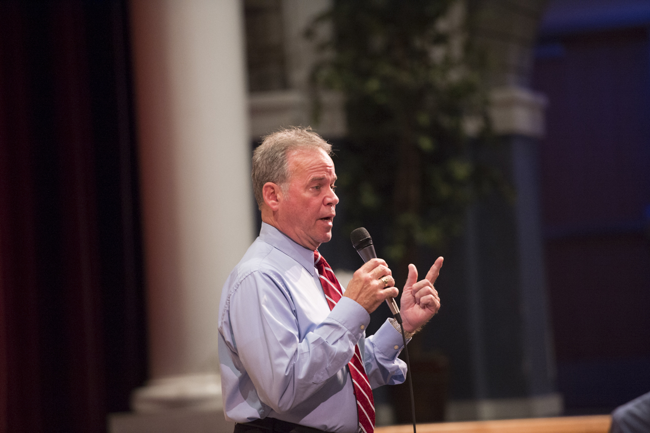 County Executive Ed Day Announces Spring 2015 Town Hall Forums