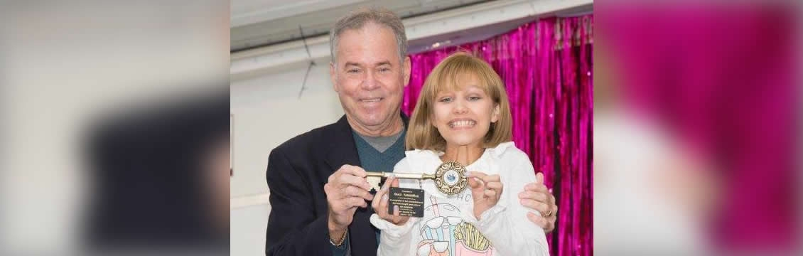 County Executive Presents First Key to the County Award to Grace VanderWaal